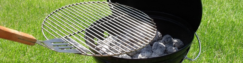 How-to-put-out-a-charcoal-grill-main