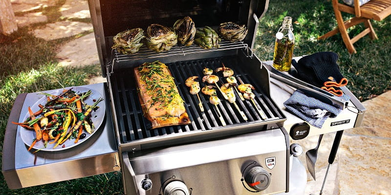 how-to-grill-food-with-charcoal